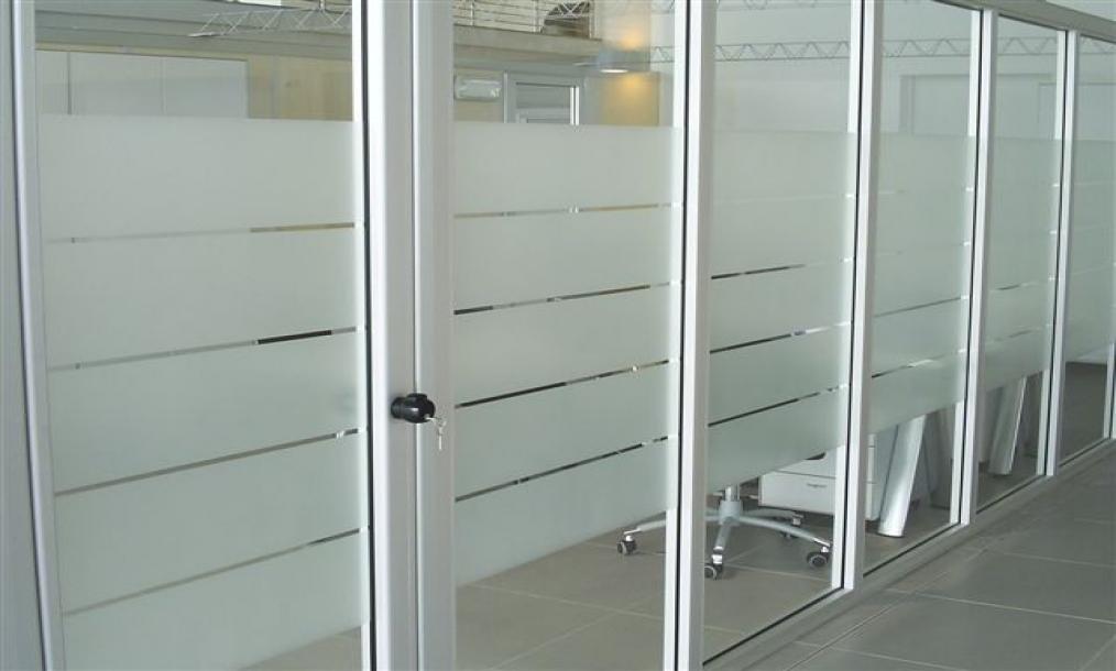 Pellicole per vetri antisolari e di sicurezza lodi glass film pellicole decorative per vetri - Pellicole vetri finestre ...